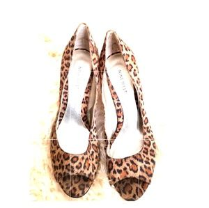 Nine West Leopard shoe